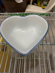 Pfaltzcraft Heart Shaped Bowl item 156