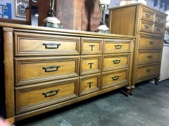 2-Piece Dresser Set