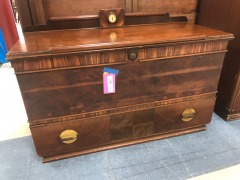 Cedar chest with Drawer