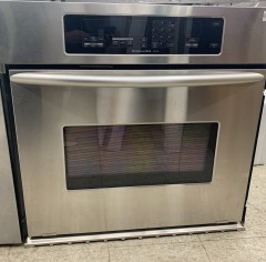 Stainless steel KitchenAid Superba oven