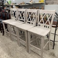 Set of bar stools