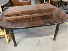 Wood kitchen table with 3 leaf sections