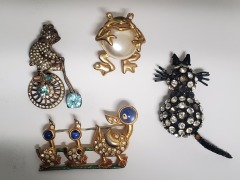 4- Vintage brooches
