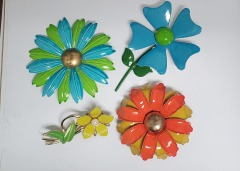 4 Funky Flower brooches