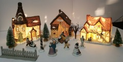 Breckenridge Christmas VILLAGE 16 piece set