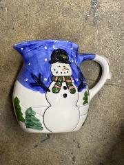 Snowman Pitcher