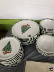 Anchor Dinnerware Christmas Tree Set