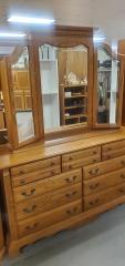 Oak Dresser w\/mirror